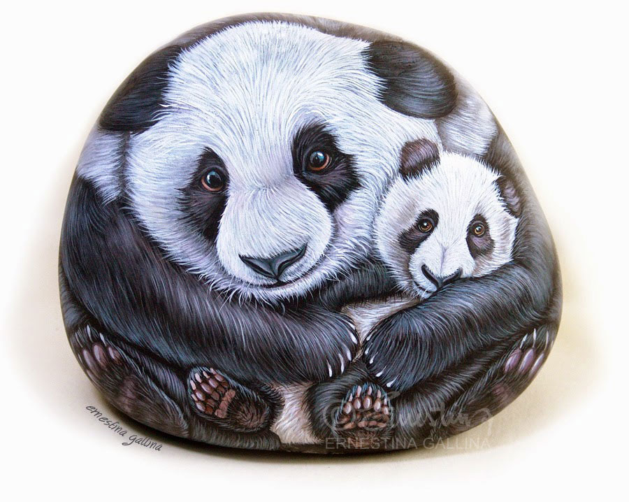 hand painted stones by Ernestina Gallina